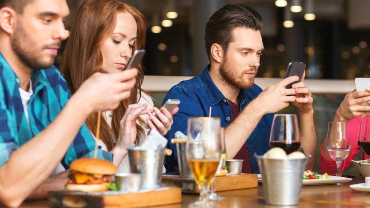 Jeni të Varur nga Telefoni juaj Celular? – Zbulojeni Këtu